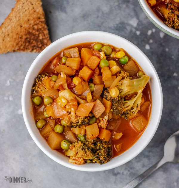 easy chunky vegetable soup with toast