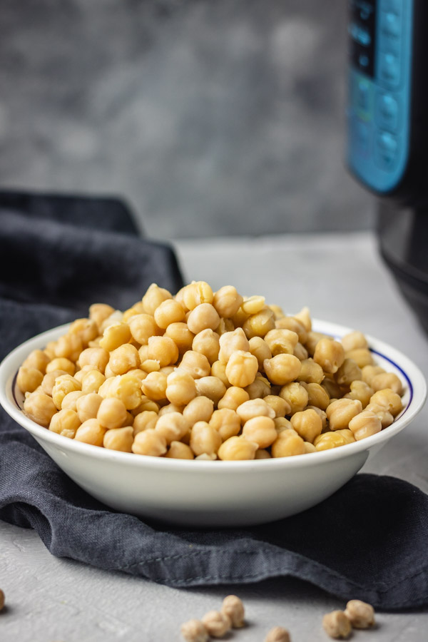 a bowl of instant pot chickpeas.