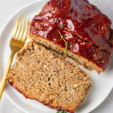 a plate meatloaf.