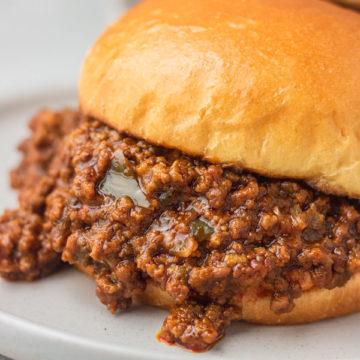 instant pot sloppy joes in a burger bun