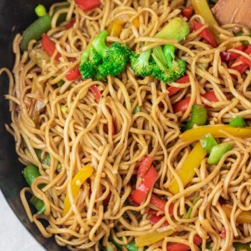 chow mein in wok.